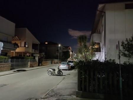 OPPO Find X3 Lite foto notte